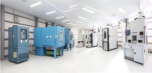 恒温槽・恒湿槽・振動試験機など受託試験用の環境試験装置一覧