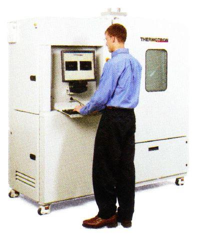 恒温槽・恒湿槽・環境試験装置の中のAST-8