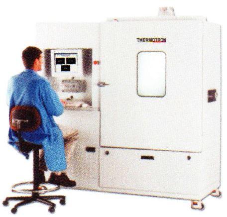 恒温槽・恒湿槽・環境試験装置の中のAST-18